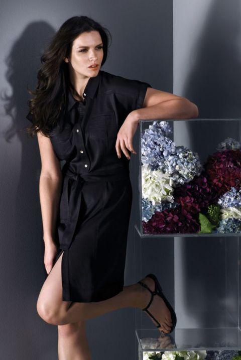 Sleeve, Shoulder, Collar, Dress, Formal wear, Fashion, Cut flowers, Knee, One-piece garment, Fashion model,