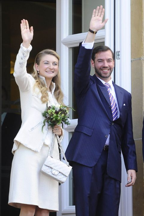 Smile, Coat, Trousers, Dress shirt, Collar, Shirt, Standing, Suit trousers, Outerwear, Happy,