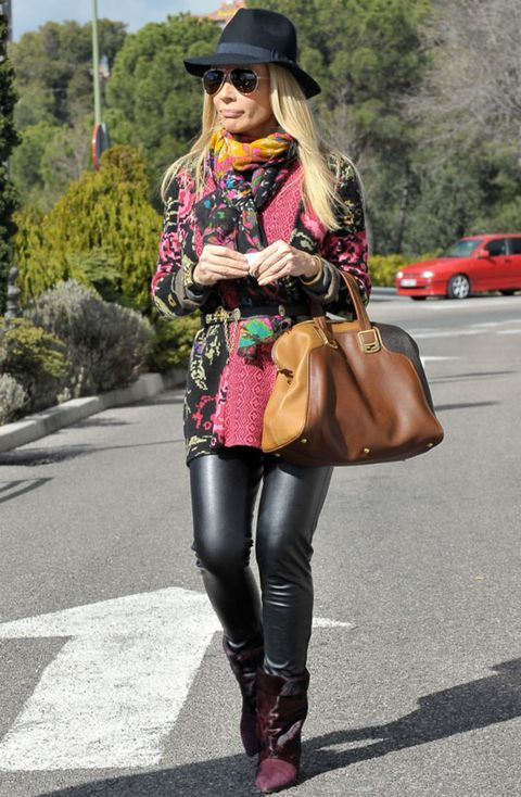 Clothing, Hat, Textile, Bag, Outerwear, Fashion accessory, Sunglasses, Style, Street fashion, Boot,