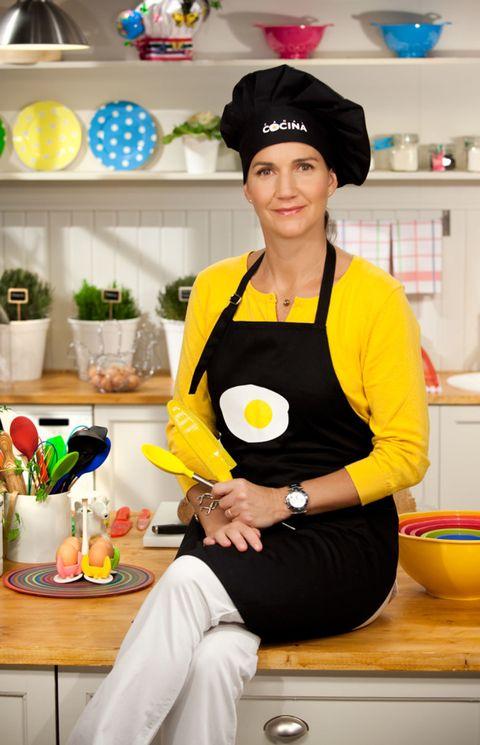 Room, Cook, Kitchen, Cooking, Mixing bowl, Light fixture, Countertop, Bowl, Serveware, Houseplant,