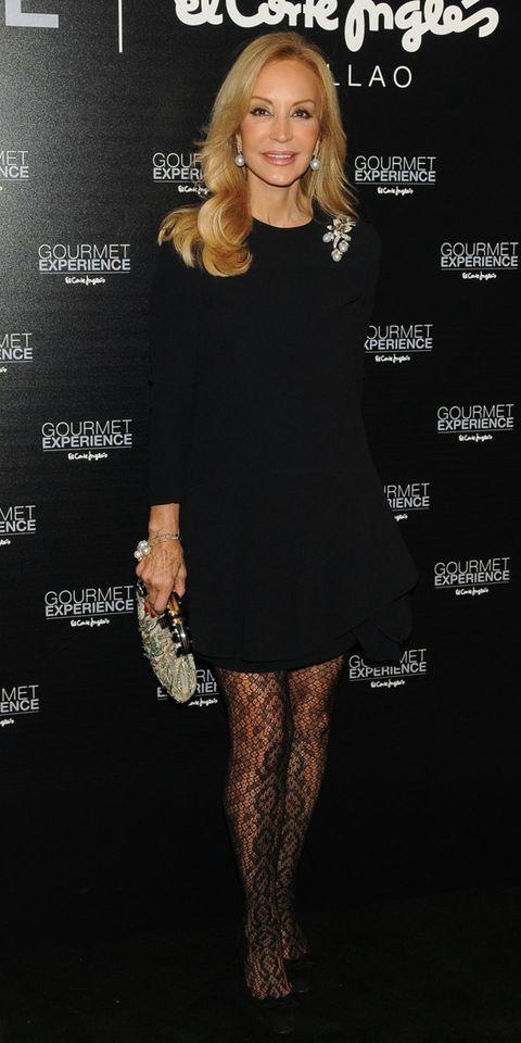 Sleeve, Dress, Shoulder, Joint, Style, Little black dress, Fashion accessory, Cocktail dress, Day dress, One-piece garment,
