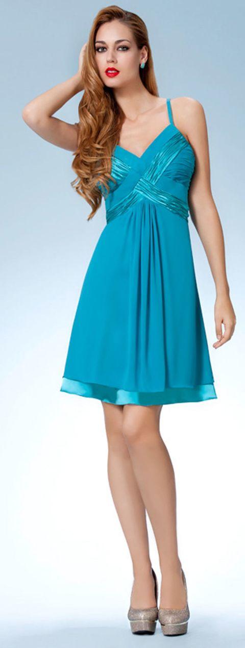 Clothing, Blue, Dress, Sleeve, Green, Shoulder, Standing, Joint, One-piece garment, Formal wear,