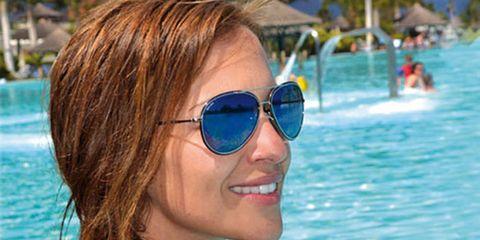 Eyewear, Glasses, Vision care, Smile, Fun, Swimming pool, Shoulder, Sunglasses, Leisure, Goggles,