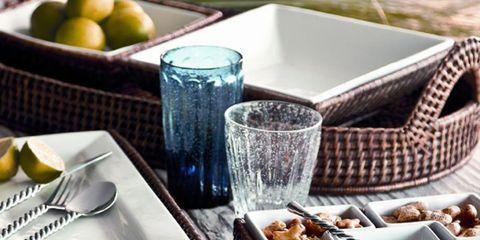 Serveware, Fruit, Tableware, Dishware, Produce, Citrus, Lemon, Home accessories, Kitchen utensil, Natural foods,