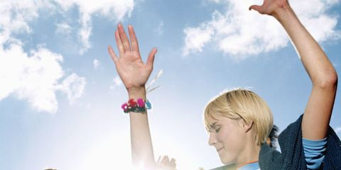 Arm, Finger, Sky, Social group, Hand, Happy, Rejoicing, People in nature, Celebrating, Gesture,