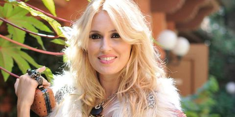 Lip, Hairstyle, Fashion, Eyelash, Beauty, Blond, Long hair, Terrestrial plant, Street fashion, Natural material,