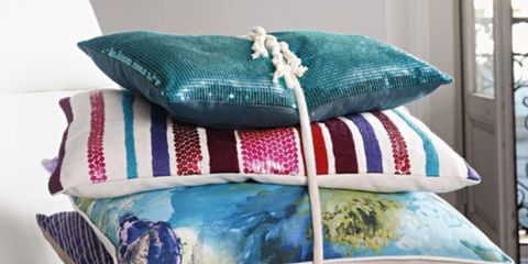 Blue, Textile, Cushion, Teal, Home accessories, Turquoise, Linens, Throw pillow, Creative arts, Pillow,