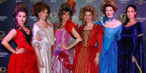 Hairstyle, Dress, Style, Costume, Fashion, Hair accessory, Wig, Gown, Fashion design, Makeover,