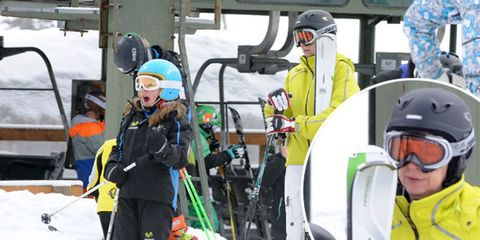 Eyewear, Winter, Recreation, Personal protective equipment, Helmet, Outdoor recreation, Goggles, Snow, Winter sport, Ski pole,