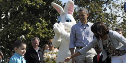 Human, Mammal, Rabbit, Interaction, Rabbits and Hares, Domestic rabbit, Easter bunny, Spring, Hare, Fur,