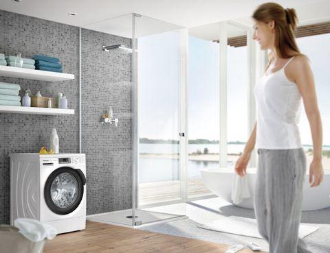 Shoulder, Room, Floor, Elbow, Flooring, Interior design, Fixture, Waist, Major appliance, Interior design,