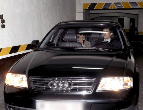 Vehicle, Automotive design, Land vehicle, Hood, Glass, Headlamp, Grille, Car, Automotive parking light, Automotive mirror,