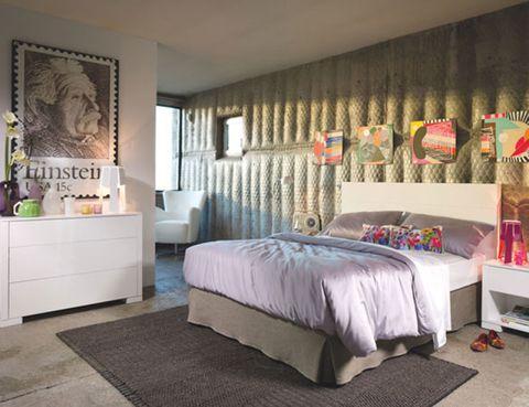 Floor, Room, Bed, Interior design, Property, Flooring, Textile, Wall, Bedding, Bedroom,