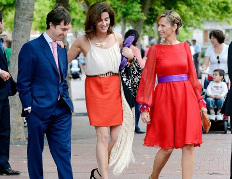 Clothing, Footwear, Leg, Trousers, Event, Dress, Coat, Shirt, Outerwear, Red,