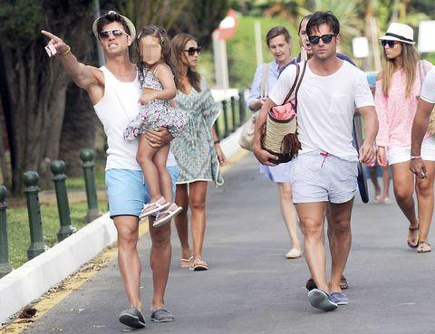 Clothing, Eyewear, Footwear, Leg, Vision care, Hat, Sunglasses, Fashion accessory, Summer, Goggles,