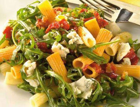 Food, Leaf vegetable, Produce, Vegetable, Cuisine, Vegan nutrition, Pasta, Ingredient, Recipe, Kitchen utensil,