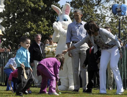 Human, Rabbits and Hares, Interaction, Easter bunny, Rabbit, Lawn, Spring, Fur, Domestic rabbit, Gesture,