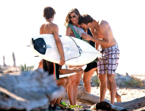 Human, Fun, Surfboard, Leisure, People in nature, Summer, Surfing Equipment, board short, Interaction, Vacation,