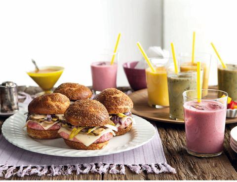 Finger food, Food, Serveware, Ingredient, Drink, Tableware, Juice, Meal, Breakfast, Cuisine,