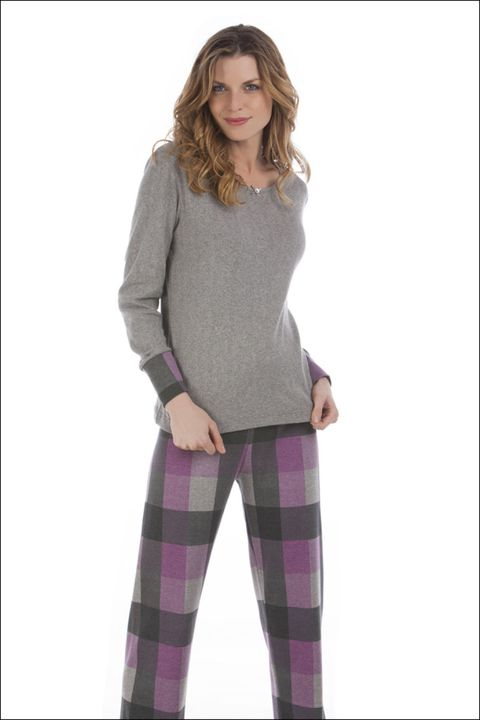 Brown, Sleeve, Trousers, Shoulder, Textile, Joint, Standing, Purple, Pocket, Violet,