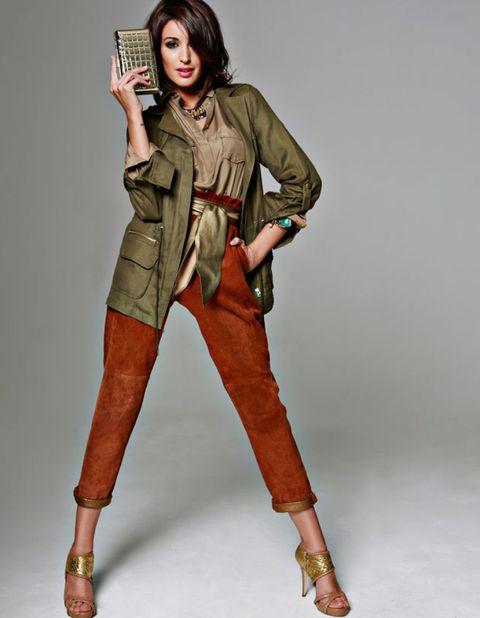 Brown, Sleeve, Human body, Textile, Joint, Style, Fashion, Tan, Knee, Khaki,
