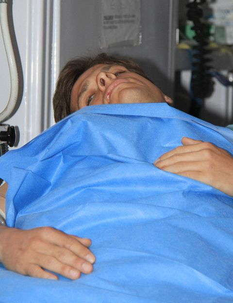 Finger, Skin, Comfort, Patient, Hospital, Service, Wrist, Medical procedure, Hospital bed, Medical,