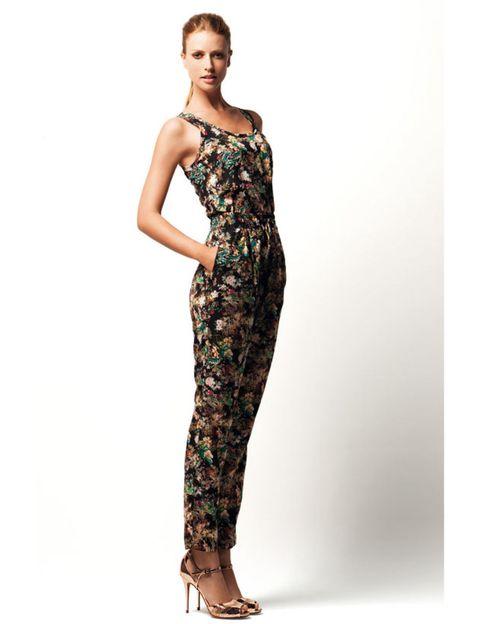 Brown, Sleeve, Shoulder, Human leg, Standing, Joint, One-piece garment, Waist, Dress, Style,