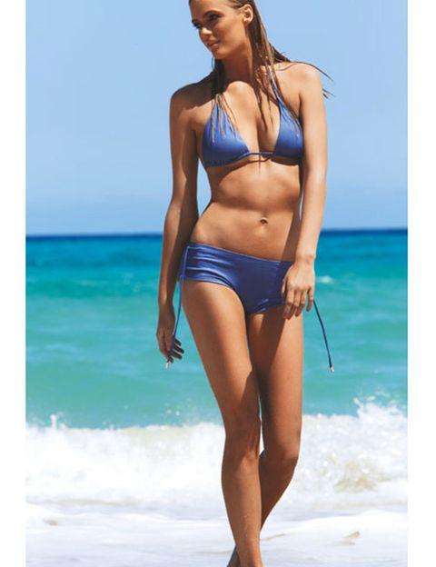 Clothing, Hairstyle, Brassiere, Human body, Skin, Human leg, Joint, Swimsuit top, Swimwear, Bikini,