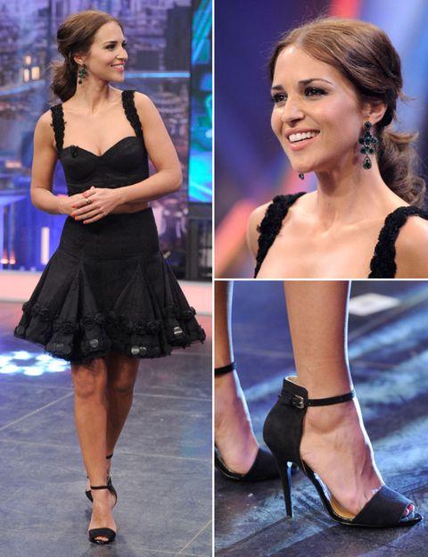 Footwear, Joint, Style, Beauty, Dress, Fashion, Sandal, Waist, Fashion model, Thigh,