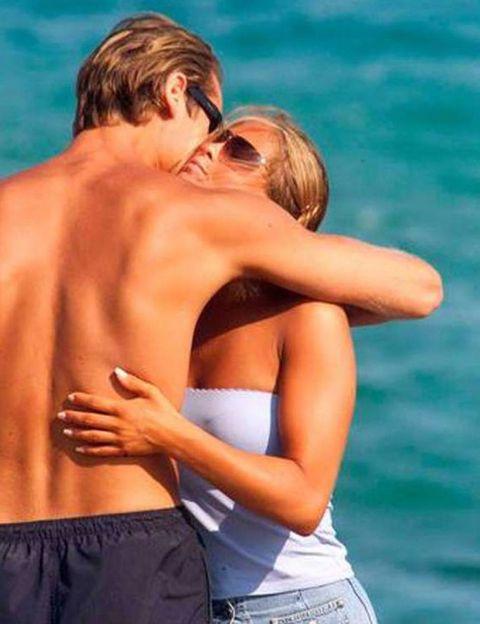 Ear, Summer, Romance, Love, Interaction, People in nature, Denim, Azure, Waist, Holiday,