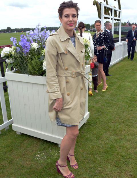 Coat, Outerwear, Collar, Blazer, Dress, Sandal, Slipper, Lavender, Spring, Foot,