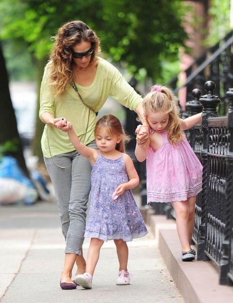 Clothing, Hair, Leg, People, Trousers, Human body, Child, Pink, Dress, Purple,
