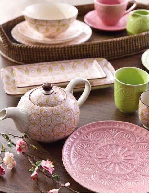 Serveware, Dishware, Porcelain, Drinkware, Tableware, Ceramic, Pink, earthenware, Pottery, Cup,