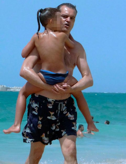 Fun, Human body, People on beach, board short, Human leg, Standing, Summer, People in nature, Elbow, Shorts,