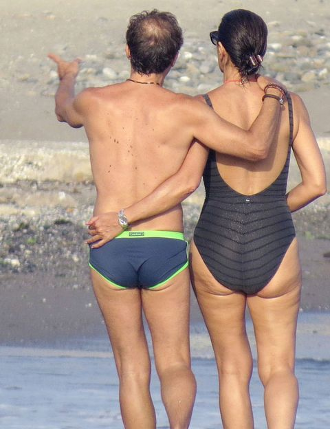 Leg, Human body, Summer, People in nature, Undergarment, Back, Swimwear, Interaction, Thigh, Muscle,