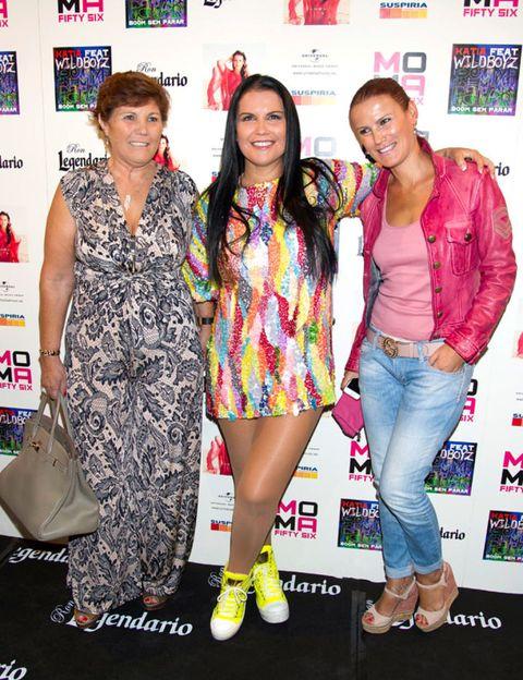 Clothing, Face, Footwear, Leg, Jeans, Outerwear, Dress, Denim, Style, Pink,