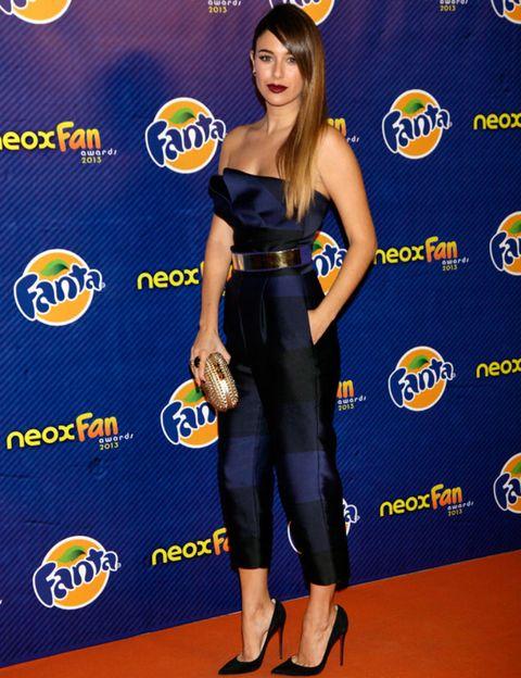 Human, Leg, Yellow, Style, Waist, Logo, Fashion, Fashion model, Electric blue, Youth,