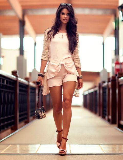 Clothing, Leg, Brown, Human leg, Sleeve, Skin, Human body, Shoulder, Fashion show, Joint,