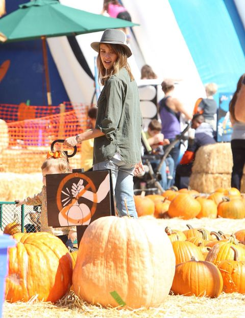 Calabaza, Squash, Vegetable, Produce, Local food, Natural foods, Whole food, Pumpkin, Hat, Winter squash,