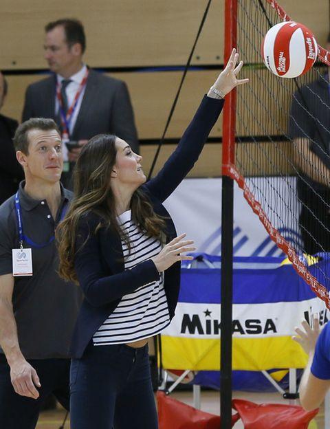 Net sports, Sports equipment, Volleyball, Ball, Volleyball net, Net, Volleyball, Community, Volleyball player, Ball game,