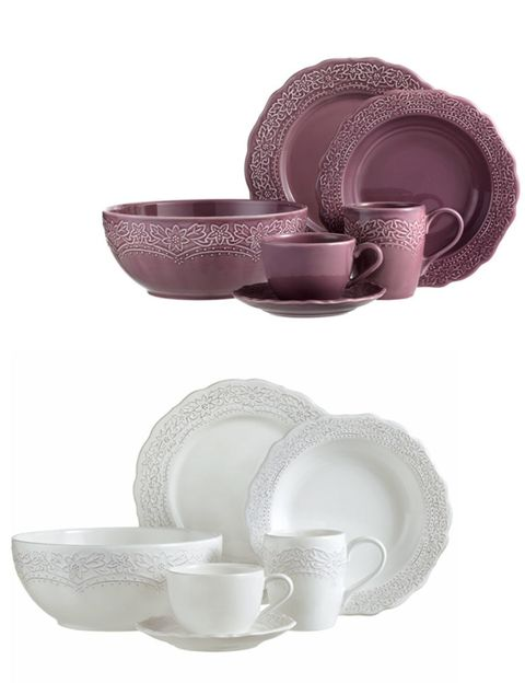 Serveware, Dishware, Cup, Purple, Costume accessory, Drinkware, Tableware, Violet, Porcelain, Teacup,