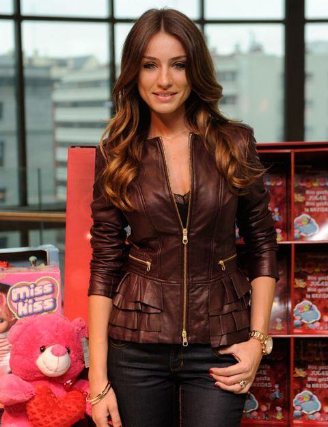 Sleeve, Stuffed toy, Textile, Outerwear, Jacket, Toy, Shelf, Plush, Leather, Denim,