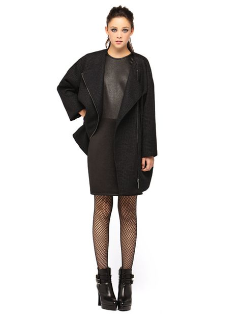 Clothing, Sleeve, Shoulder, Textile, Joint, Standing, Style, Dress, Collar, Knee,