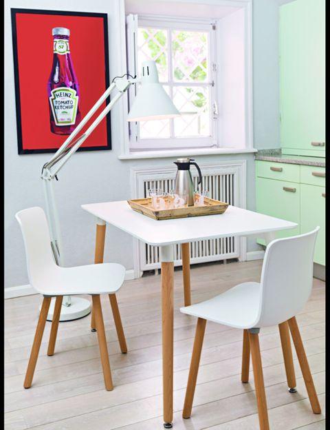Wood, Room, Table, Furniture, Floor, Glass, Chair, Flooring, Interior design, Dining room,
