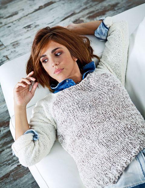 Blue, Sleeve, Shoulder, Textile, Sweater, Eyelash, Beauty, Street fashion, Knitting, Comfort,