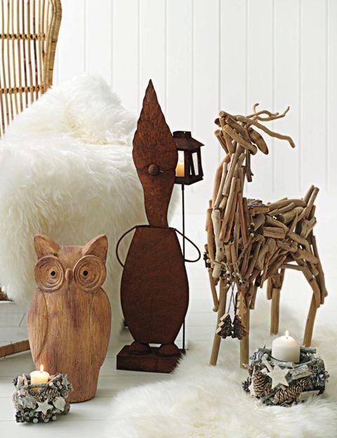 Wood, Owl, Bird of prey, Art, Sculpture, Great horned owl, Screech owl, Bird, Creative arts, Natural material,