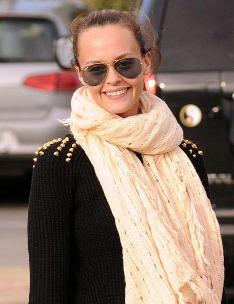 Eyewear, Glasses, Vision care, Lip, Textile, Sunglasses, Style, Fashion accessory, Street fashion, Fashion,