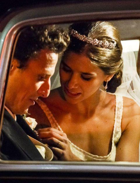 Nose, Forehead, Photograph, Mammal, Bridal accessory, Vehicle door, Fashion accessory, Bridal veil, Headpiece, Hair accessory,