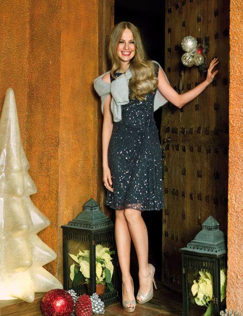 Dress, One-piece garment, Day dress, Cone, Cocktail dress, Holiday, Waist, Christmas decoration, Blond, Ornament,