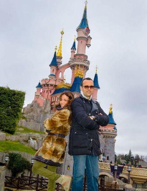 Human, Walt disney world, Spire, Tourism, Landmark, Temple, Vacation, Turret, Steeple, Finial,